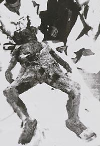 1950年、中尊寺に眠る藤原秀衡の遺体を調査。160cmと当時の人にしては高い身長だった。