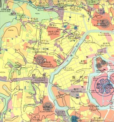 大江戸臣地図(幕末・1850−1868年における土地利用)武家屋敷や大名屋敷などのある「山の手」の道路網は、戦いなどで有利になるよう迷路型、鈎型状にできていた(上)。