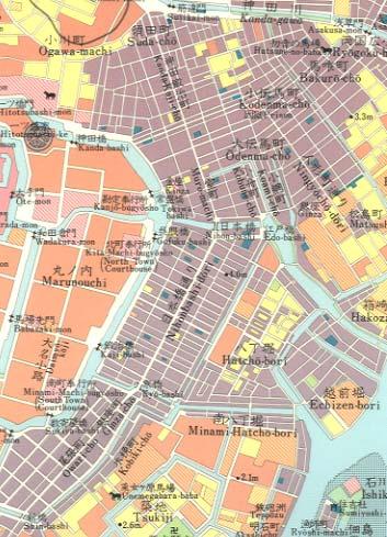 町人の住んでいる「下町」は、狭い土地を効率的に活用し、また水事情や川を利用した物流を考慮した結果、基盤の目状に整然としていた(下)