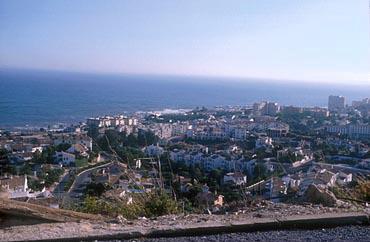 ヨーロッパ屈指のリゾートとして名高い、美しい海岸線コスタ・デル・ソル。「リタイア後はこの付近に暮らしたい」と太田氏