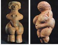 長野県茅野市棚畑遺跡から出土した、縄文ヴィーナス像(左)<br>オーストラリア南部で発見された、先史時代のヴィーナス像(右)