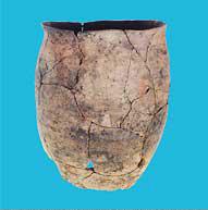子飼沢山遺跡(平安時代後期)出土の土器<資料提供:工藤雅樹氏>