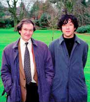 オックスフォード大学で、世界的な数学者ペンローズ教授と<写真提供:茂木健一郎>