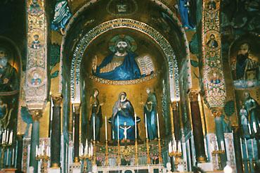 今も残るノルマン王宮にカッペッラ・パラティナと呼ばれる王の礼拝堂があり、その壁画にはモザイク画が描かれている<撮影:高山博氏>