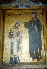 ラ・マルトラーナ教会には、キリストから王冠を受けるノルマン・シチリア王国初代王ロゲリウス2世のモザイク画が残っている<撮影:高山博氏>