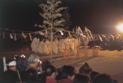 出雲大社は毎年、この海辺(稲佐の浜)で全国より参集する神々を迎える「神迎祭」を執り行なっている〈画像提供:出雲大社〉